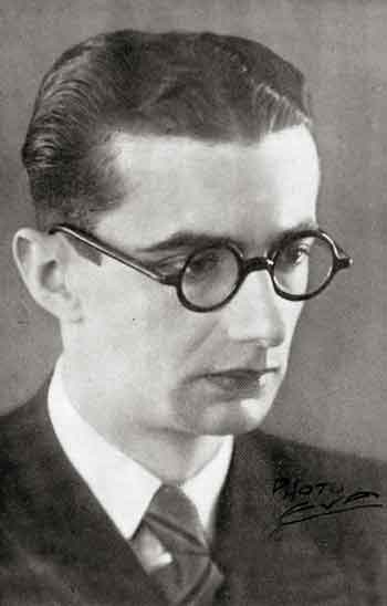 «Eξήντα χρόνια Eθνικό Θ�ατρο, 1932-1992», εκδ. K�δρος).