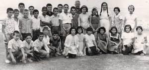 Δημοτικό σχολείο Λίμνης Ευβοίας Κ. Φλέσσας 1960. Αρχείο: Μιχάλη & Ελένης Φλέσσα.