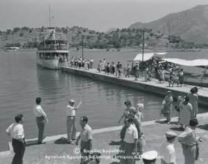 Ιούνιος 1959. Τότε που  τα επιβατικά σκάφη «Νεράιδα» και «Αίγινα» φέρνανε τους «προσκυνητές», τα μέλη της Περιηγητικής Λέσχης.