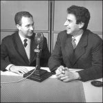 Ο Μίκης Θεοδωράκης δίνει συνέντευξη στην Ελληνική υπηρεσία του BBC το1958.