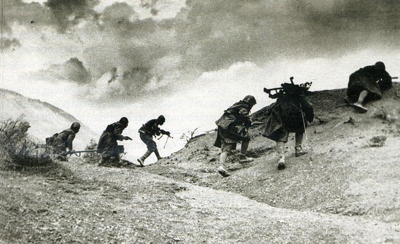 Έλληνες στρατιώτες στο αλβανικό μέτωπο. | ΑΡΓΟΛΙΚΗ ΑΡΧΕΙΑΚΗ ΒΙΒΛΙΟΘΗΚΗ ΙΣΤΟΡΙΑΣ ΚΑΙ ΠΟΛΙΤΙΣΜΟΥ