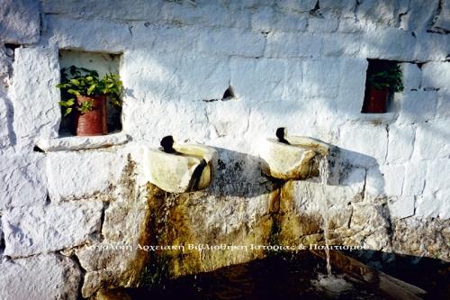 Κρήνη στην Κρύα Βρύση, Δήμου Άργους – Μυκηνών. Αρχείο: Αργολική Βιβλιοθήκη. Φωτογραφία: Γιώργος Αντωνίου.