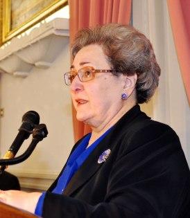 Η συγγραφέας κα Κατερίνα Παπαοικονόμου-Κηπουργού