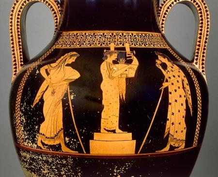 Κιθαρωδός σε ερυθρόμορφο αττικό αμφορέα του 5ου π.Χ. αιώνα, του αγγειογράφου Ανδοκίδου. Παρίσι. Μουσείο Λούβρου, G 1. Φωτογραφία RMN.  Φωτογράφος Hervé Lewandowski.