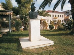 Η προτομή του Κολοκοτρώνη στο Άργος