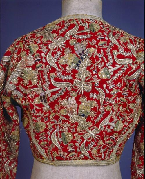 «Κοντογούνι» από  τούρκικο «αντερί» για τη φορεσιά «Αμαλία» Πελοπόννησος (;). Mέσα 19ου αιώνα