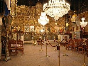 Ιερός Ναός Γενεσίου Θεοτόκου - Άποψη εσωτερικού χώρου και τέμπλου. (Φωτογραφία από τον ιστότοπο, Εικονική περιήγηση στο Ναύπλιο).