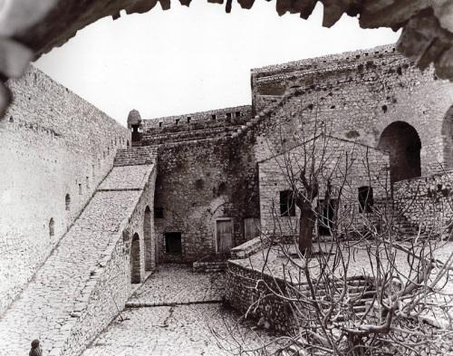 Το οχυρό του Αγίου Ανδρέου. Φρουραρχείο. Forte di S. Girardo των Βενετσιάνων, και Dizdar tabya των Τούρκων.