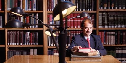 Γιάννης Ιωαννίδης,  Ο ερευνητής των... ερευνών