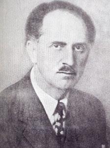 Γεώργιος Παπανδρέου (1888-1968), υπουργός Παιδείας (2 Ιανουαρίου 1930-26 Μαΐου 1932). Έδειξε προσωπικό ενδιαφέρον για την εδραίωση των αρχών στις οποίες στηριζόταν η Μεταρρύθμιση του 1929 και για τη διεύρυνσή τους. Ο Νόμος για τα σχολικά βιβλία (1931) 5045, περιέχει πολλά σημαντικά, όπως η απομάκρυνση από κάθε έννοια (κρατικού) μονοπωλίου: από το υπουργείο εγκρίνονταν περισσότερα βιβλία για κάθε μάθημα και οι σύλλογοι επέλεγαν ένα, ύστερα από αιτιολογημένη εισήγηση των διδασκόντων. Δημοσιεύεται στο βιβλίο: «Από το κοντύλι στον υπολογιστή», Αθήνα, 2008.