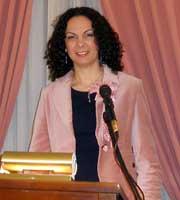 Η Ελένη Λεζέ στο βήμα του «Δαναού», 8 Μαρτίου 2015.