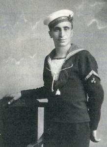 Ο Χρήστος Κ. Αίσωπος στην αρχή της θητείας του στο Ναύσταθμο.